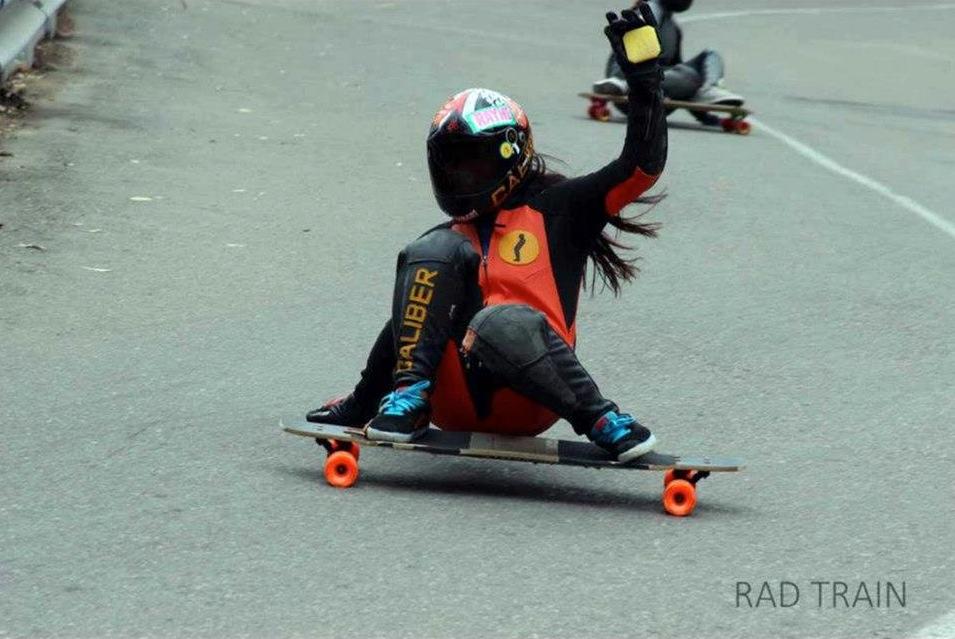 Keyla Dennise, longboard girls crew