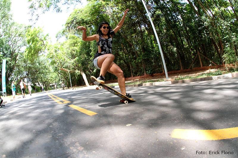 bruna mars, longboard girls crew, brazil