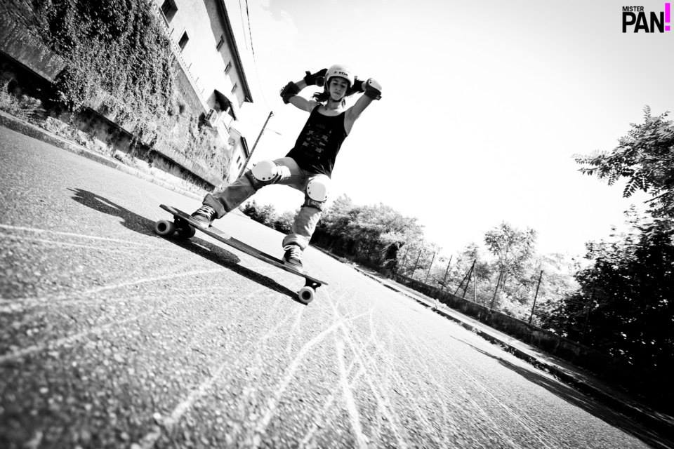 longboard girls crew, lyde begue