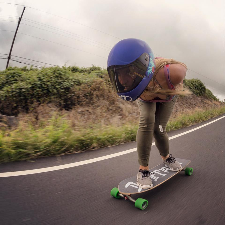 emma daigle, longboard girls crew, hawaii, longboard, girl, cool, downhill, fast