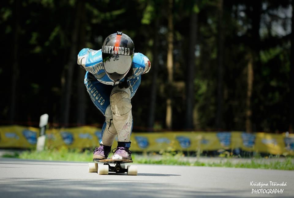 longboard girls crew, longboard, girl, downhill, almabtrieb, idf, race, badass, maga mc whinnie
