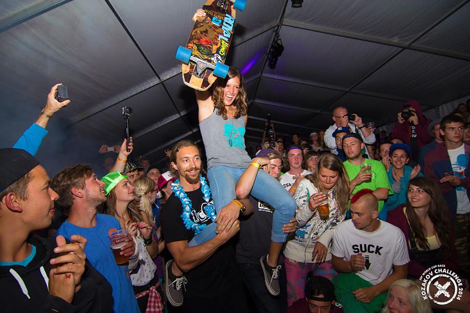 longboard girls crew, longboard, girl, downhill, kozakov, idf, race, badass, Czech republic, elena corrigall