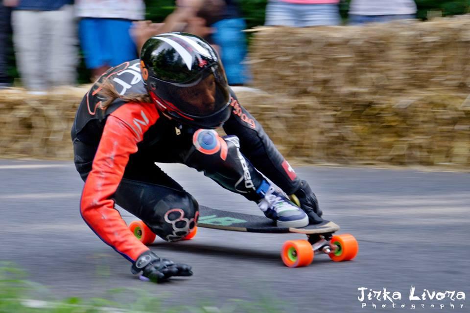longboard girls crew, longboard, girl, downhill, kozakov, idf, race, badass, Czech republic, tamara prader