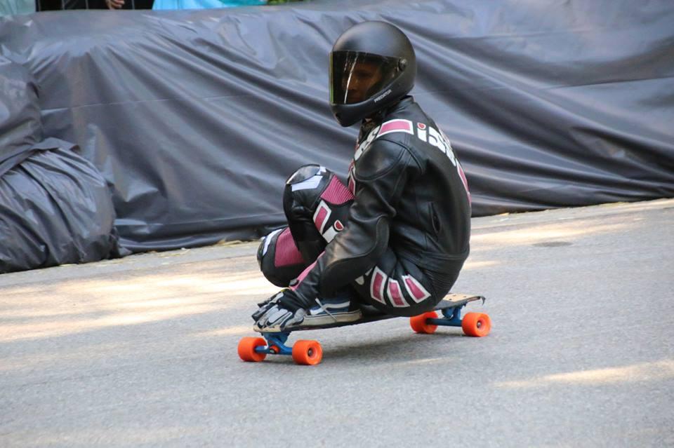 Corinne Weigl, longboard girls crew, longboard, girl, downhill, almabtrieb, idf, race, badass
