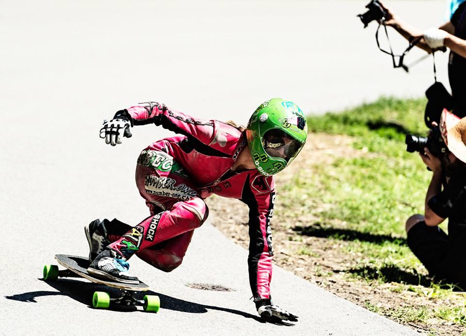 Rebecca Gemperle, longboard girls crew, longboard, girl, downhill, almabtrieb, idf, race, badass
