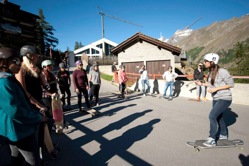 Workshop WIB, women in boardsports, valeria kechichian, longboard, longboard girls crew, friends, switzerland