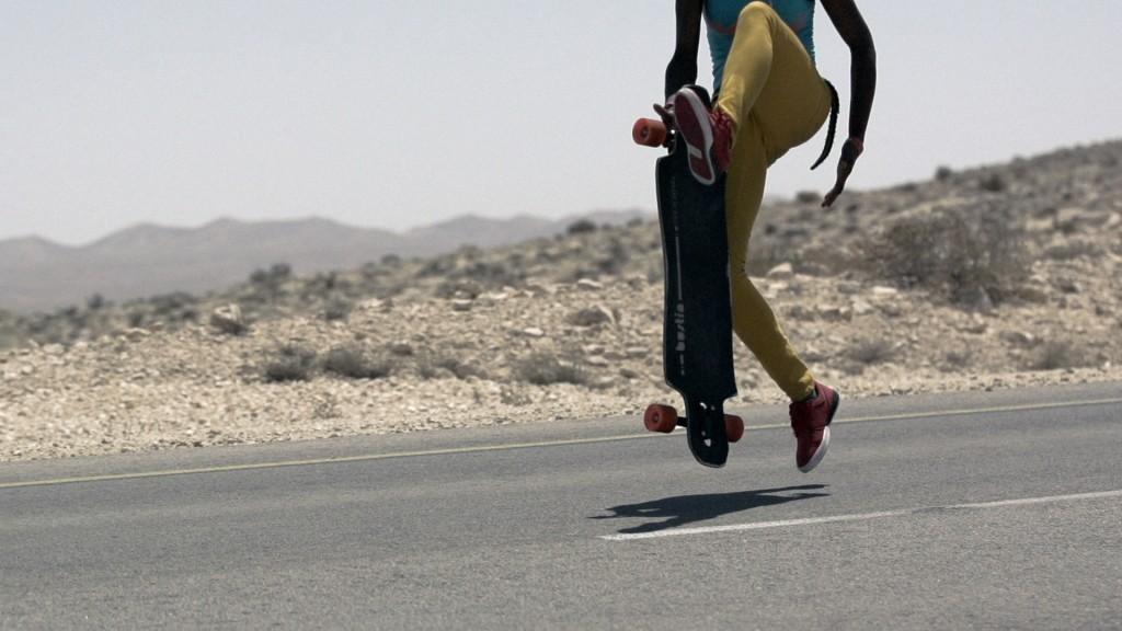 longboard girls crew, cindy zhou, israel, longboard, skate, open, lgc, lgc skates israel, cool, peace