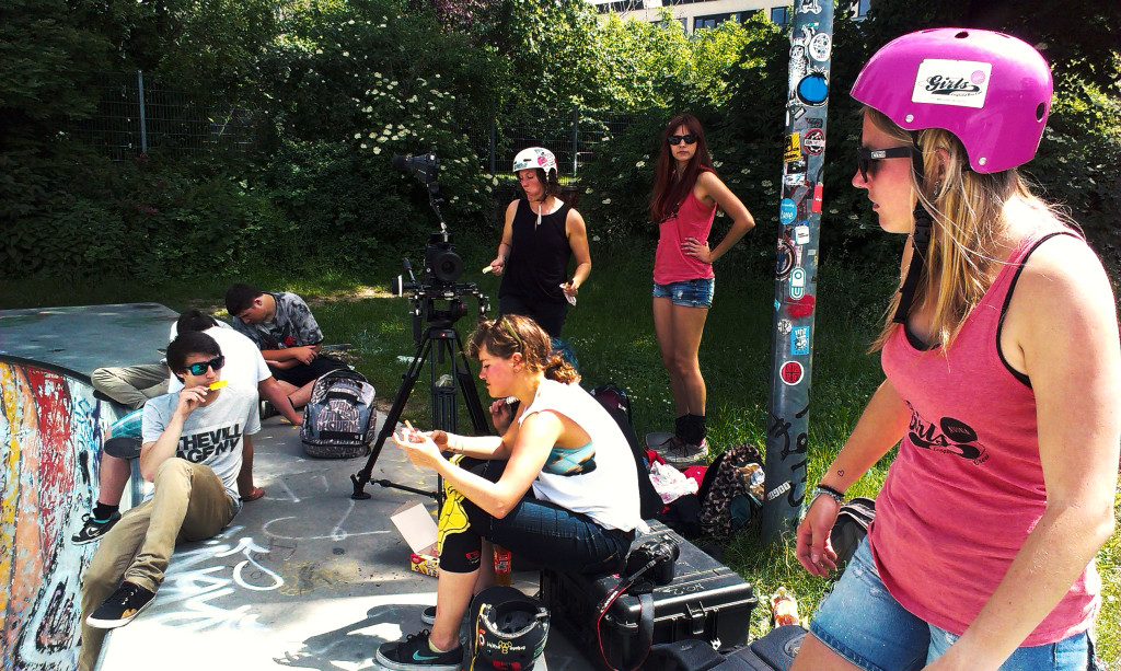 longboard girls crew, austria, longboard, skate, girls