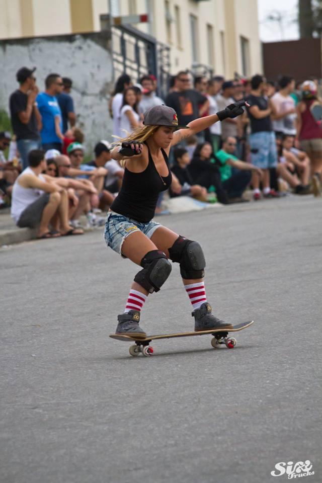 reine oliveira, longboard girls crew. longboard, girl, slide, rad