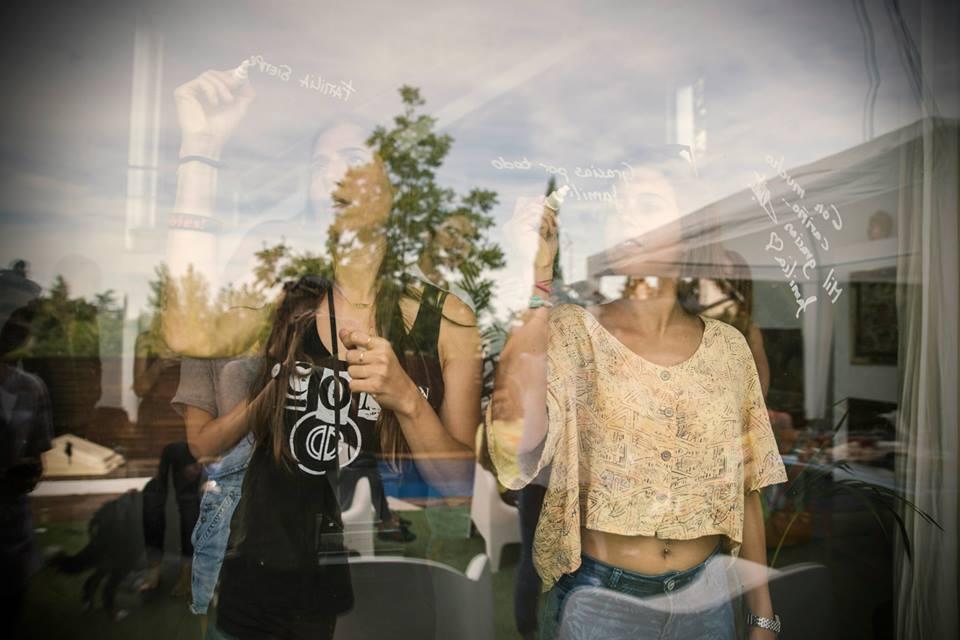 longboard girls crew, longboarding, girls, friendship, open, lgc open, lgs skates Israel, Israel, movie, premiere, madrid, madrid skate film festival, love, toxic world boarshop, valeria kechichian, maitane rascon,