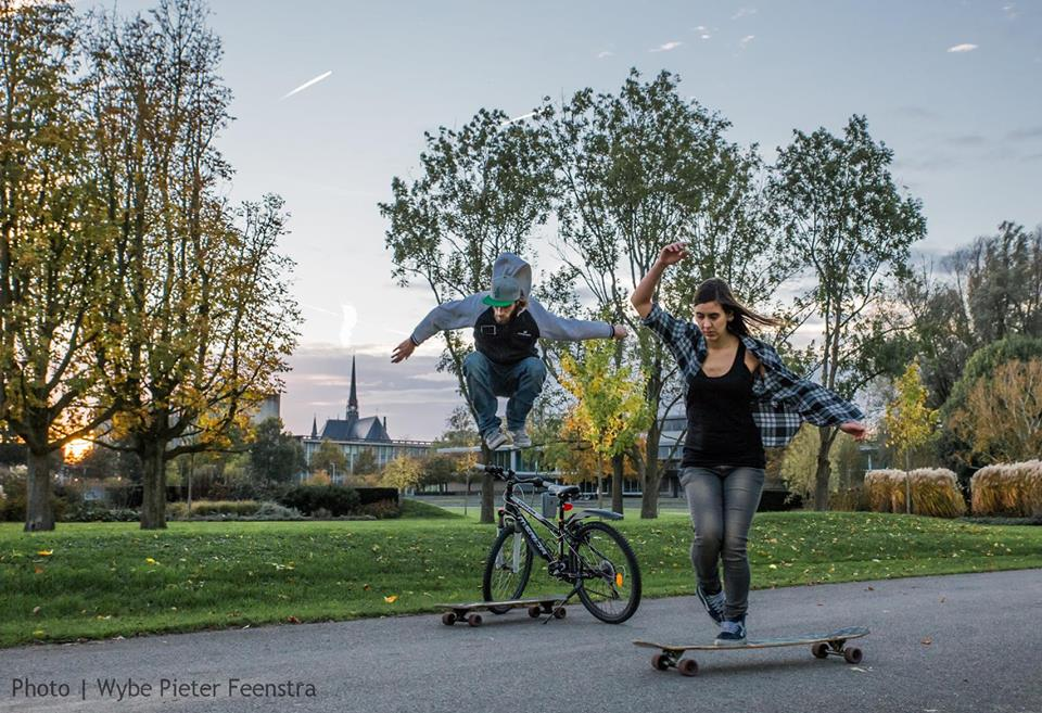Kim Klunder, Maarten Frouws, longboard girls crew, longboarding, skate, couple, cute, romantic, parenthood done right, dance, netherlands