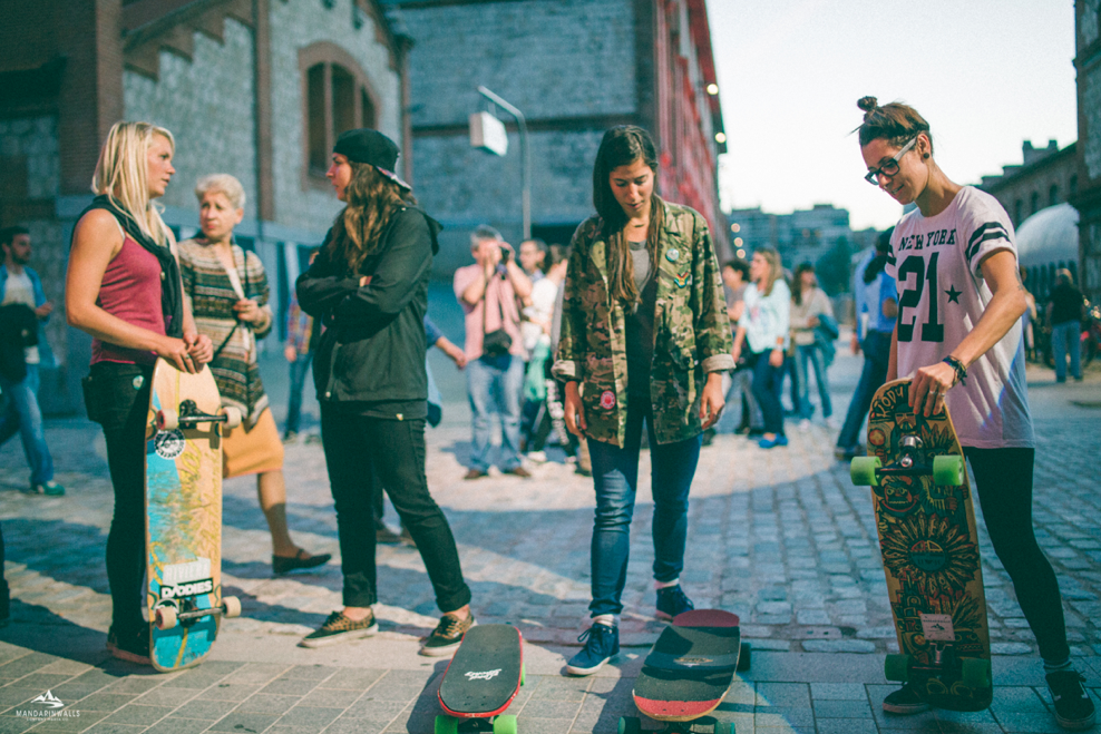 longboard girls crew, longboarding, girls, friendship, open, lgc open, lgs skates Israel, Israel, movie, premiere, madrid, madrid skate film festival, love, valeria kechichian, amanda powell, katie nelson, mandarinwalls