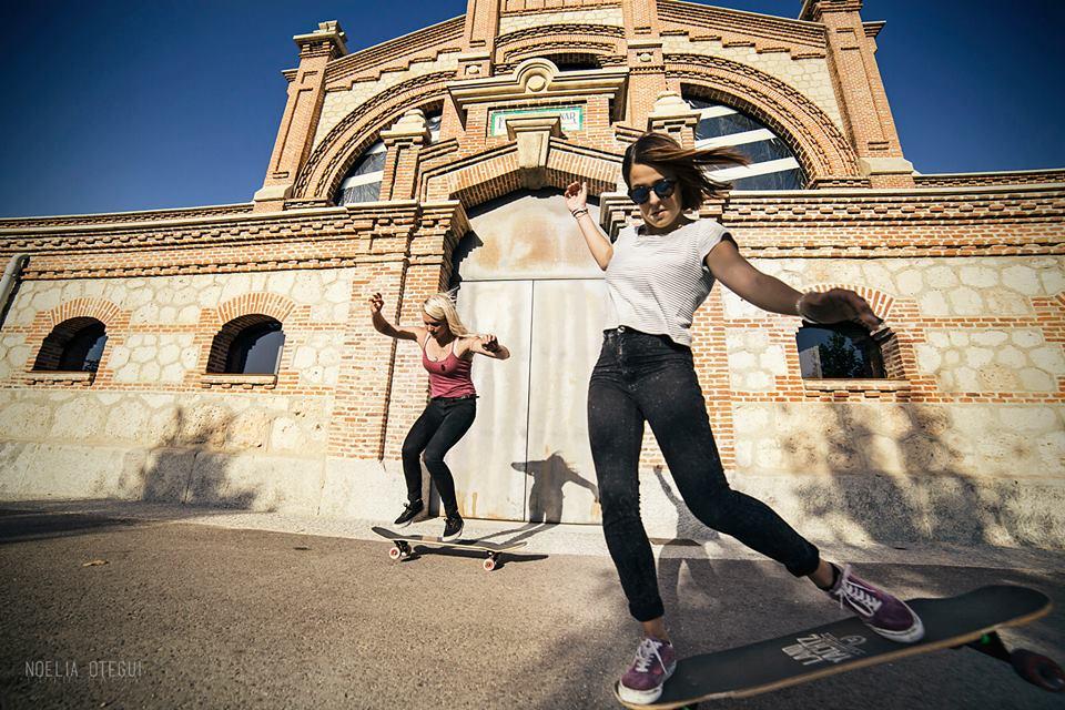 longboard girls crew, longboarding, girls, friendship, open, lgc open, lgs skates Israel, Israel, movie, premiere, madrid, madrid skate film festival, love, maitane rascon, amanda powell, matador