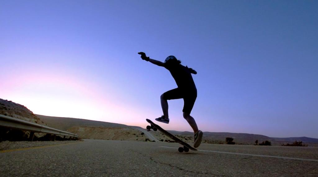 longboard girls crew, longboarding, downhill skateboarding, skate, girls, rad, cool, women power, women supporting women, gador sails, daniel etura, israel, open, lgcopen, desert, boards