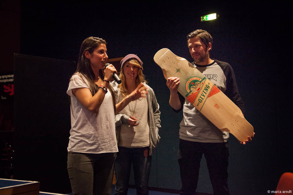 longboard girls crew, cologne, germany, open, lgc skates israel, israel, skate, community, strong women, concrete wave skateshop cologne, concrete wave, cool, movie, screening, premiere, valeria kechichian, heiko