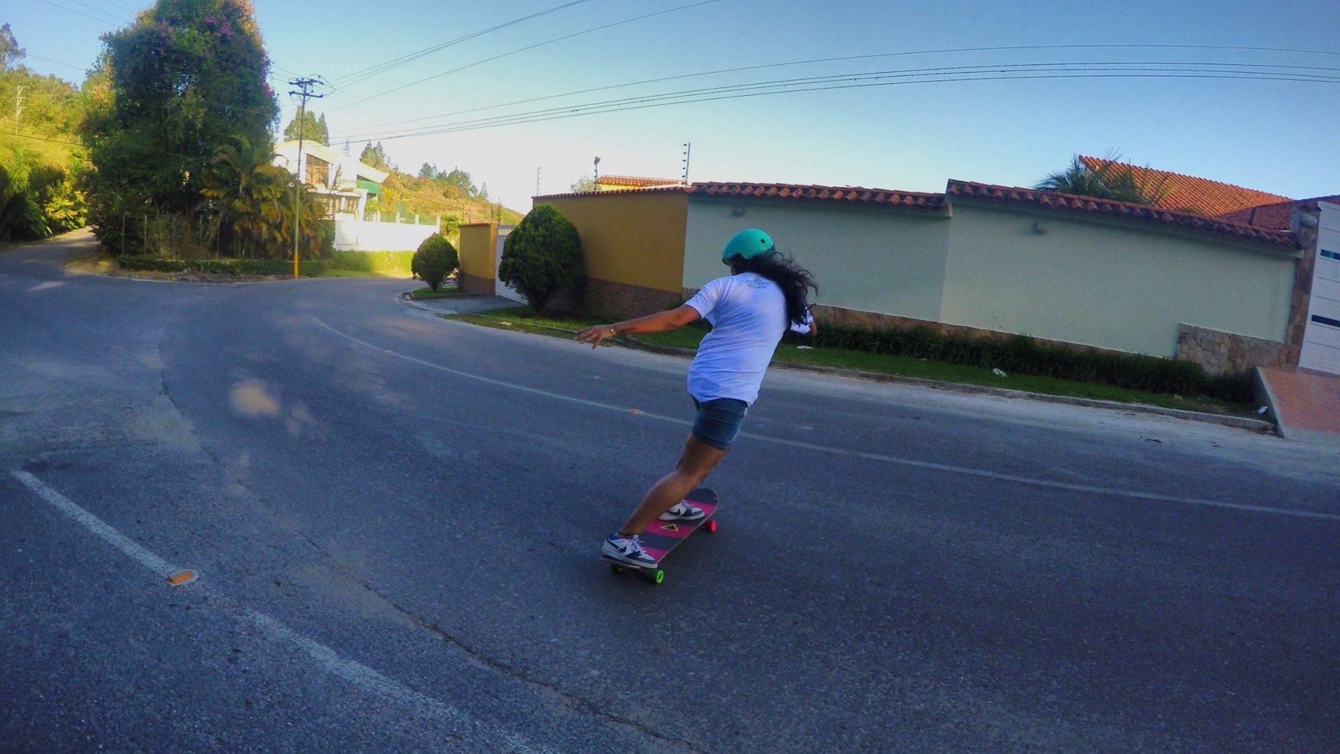 gabriela ojeda, venezuela, longboard girls crew, skate, slide, longboarding