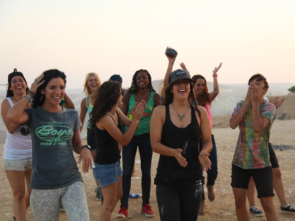 longboard girls crew, skate, open, lgc skates Israel, israel, longboarding, girl power, women supporting women, marisa nuñez, valeria kechichian, katie nelson, amanda powell,cami best