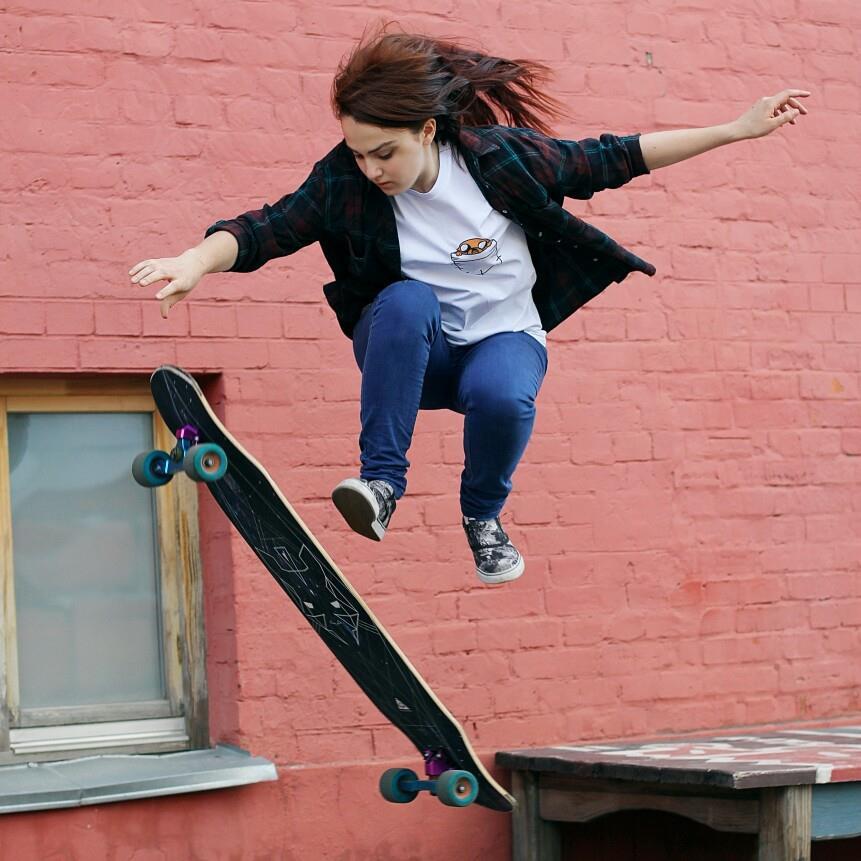 Rusia, Kate Voynova, longboard girls crew, longboarding, skate, skateboarding, lgc, rad, cool, jump, vans