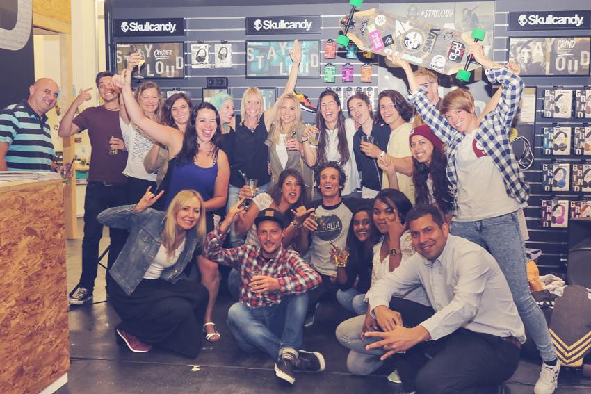longboard girls crew, longboarding, skate, skateboarding, girls meet, women, girl stoke, women supporting women, skate like a girl, rad events, cool, rad, awesome, fun, friends, amazing, style, boards, fun, skullcandy, skullcandy europe, HQ, chixxs on board, valeria kechichian, lgc, girls who shred, zurich, switzerland, open, open movie, premiere, israel, lgc skates israel, friends, friendship, party