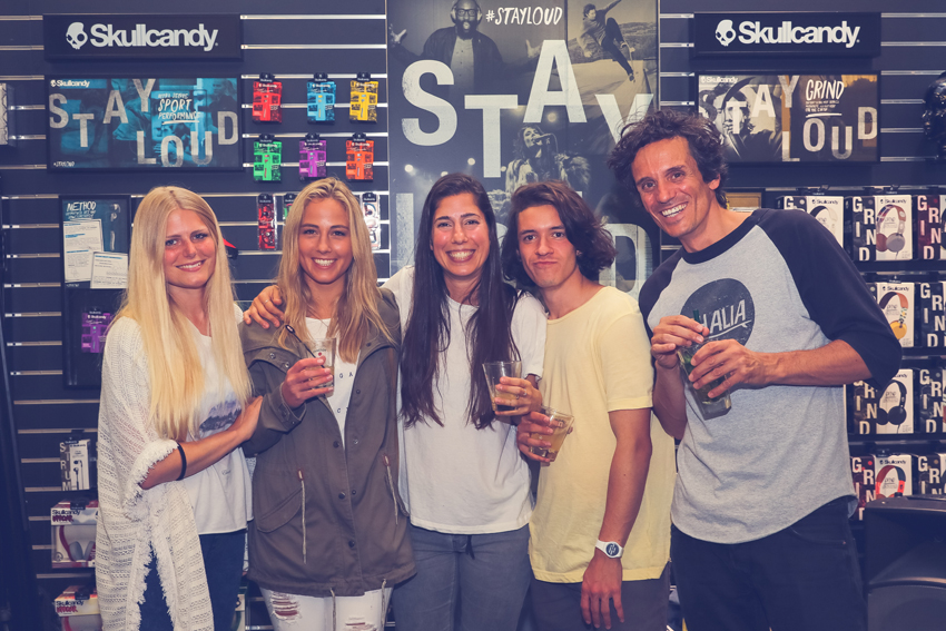 longboard girls crew, longboarding, skate, skateboarding, girls meet, women, girl stoke, women supporting women, skate like a girl, rad events, cool, rad, awesome, fun, friends, amazing, style, boards, fun, skullcandy, chixxs on board, valeria kechichian, lgc, girls who shred, zurich, switzerland, open, open movie, premiere, israel, lgc skates israel, tanja angst, chixxs on board, nadja purtschert