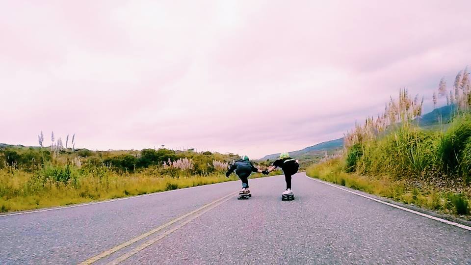 longboard girls crew, longboard, longboarding, skate, skateboarding, downhill, girls, women, women supporting women, skate like a girl, cool, rad, friends, friendship, girls who shred, argentina, lgc argentina, mili chalub, mar farias gervaldo, copina, cordoba, lgc,