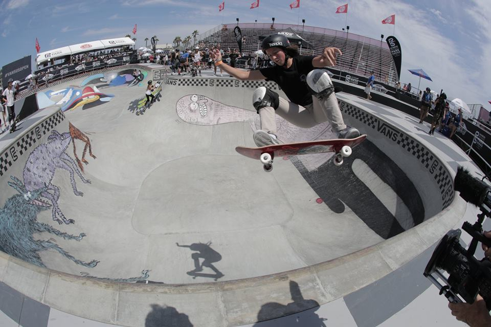 longboard girls crew, longboard, longboarding, skate, skateboarding, cool, rad, strong, awesome, photo, girl, power, sea, summer, amazing photo, girls who shred, girls who skate, lgc, friends, fun, skate like a girl, women supporting women, goals, beautiful, action, action sports, sport, women in sport, game changers, ride, female rider, athlete, girl boss, lean in, women unite, equality, balance, gender, gender equality, board, boards, sun, badass, competition, vans park series, vans, vans skate, huntington beach, california, nicole hause, hoopla skate