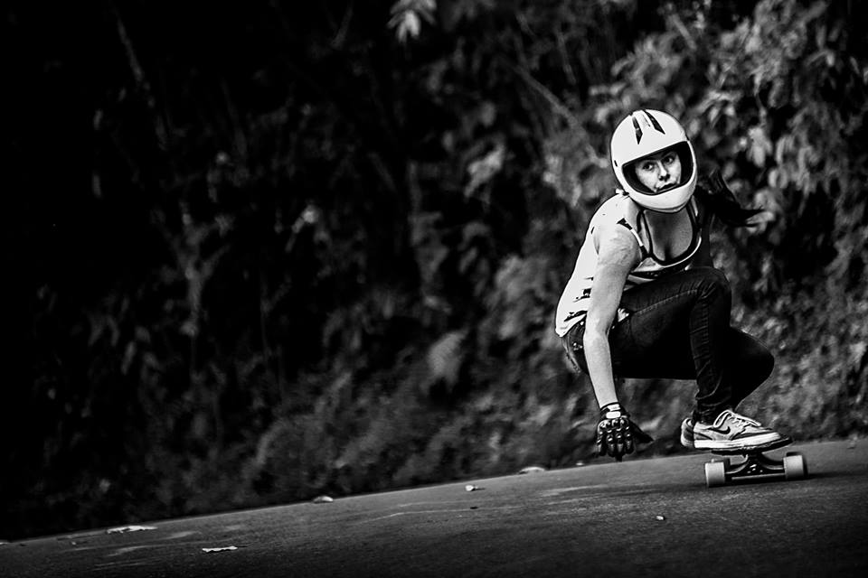longboard girls crew, longboard, longboarding, skate, skateboarding, cool, rad, strong, awesome, photo, girl, power, sea, summer, amazing photo, nose manual, girls who shred, girls who skate, lgc, friends, fun, skate like a girl, women supporting women, goals, beautiful, action, action sports, sport, women in sport, game changers, ride, female rider, athlete, girl boss, lean in, women unite, equality, balance, gender, gender equality, board, boards, sun, LGC Colombia, Colombia, medellin, bogota, carolina ospina, monica de los reyes