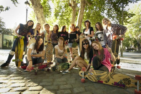 Girls Can Ride - Juan Rayos photo LGC grupo